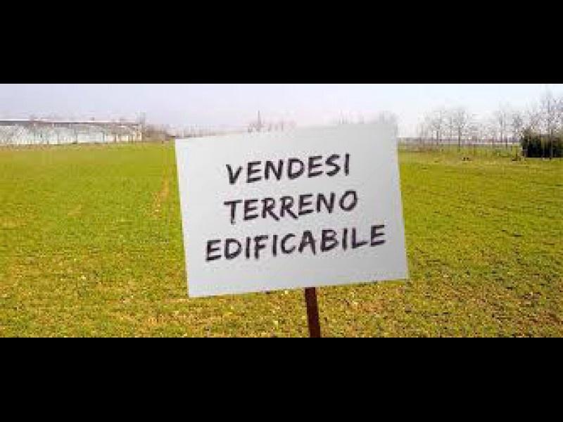 Terreno Edificabile Residenziale in vendita a Oleggio, 9999 locali, zona Località: vicinanzecentro, prezzo € 100.000   CambioCasa.it