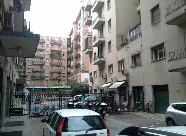 Vendita              Appartamento Bologna 3 100 MQ 205000 EURO