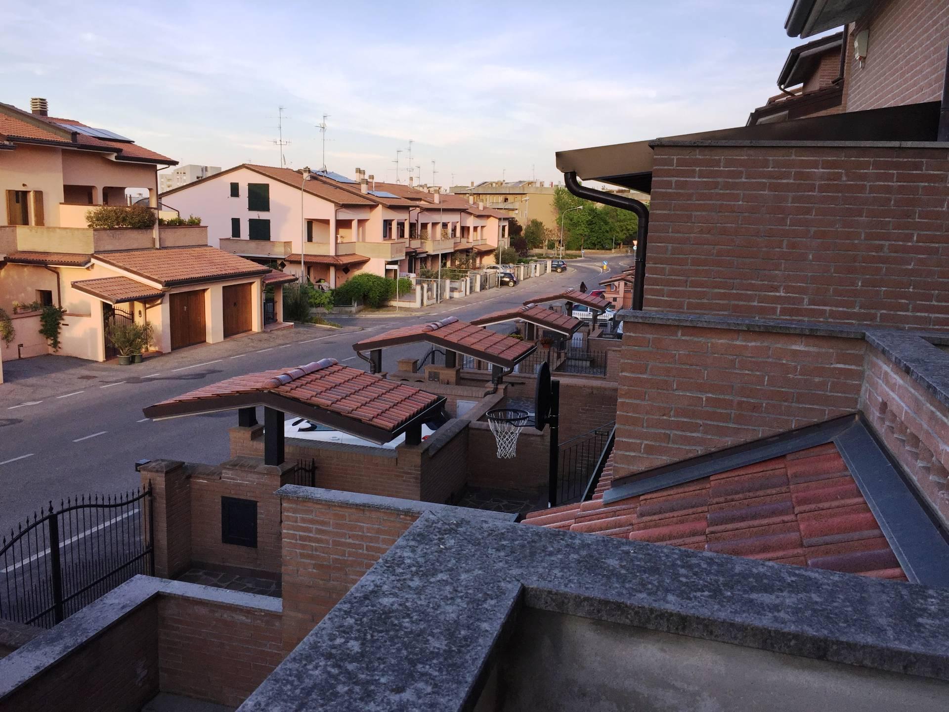 Villa Bifamiliare in Vendita a Castel San Pietro Terme