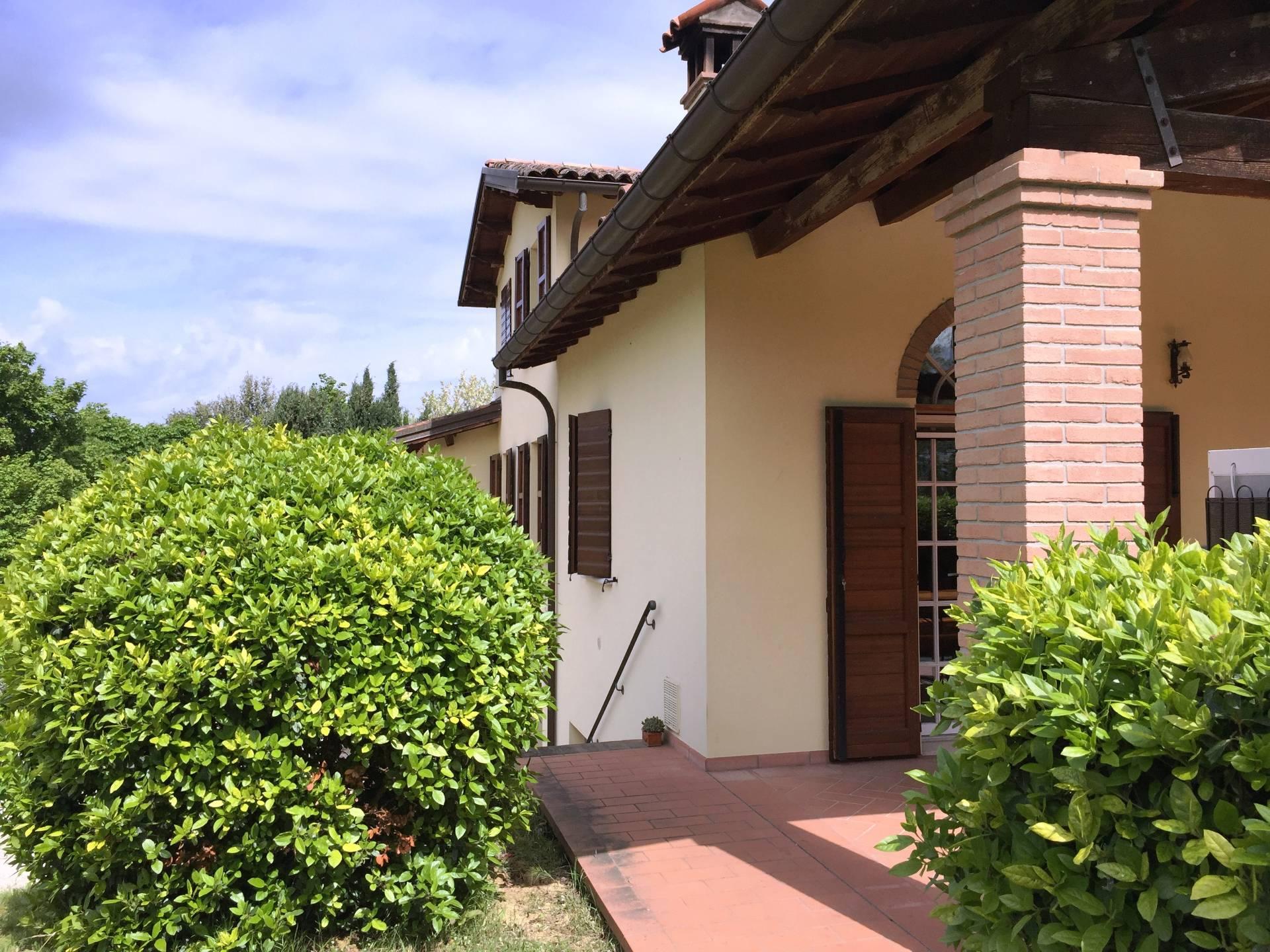 Rustico / Casale in vendita a Faenza, 10 locali, prezzo € 490.000 | Cambio Casa.it