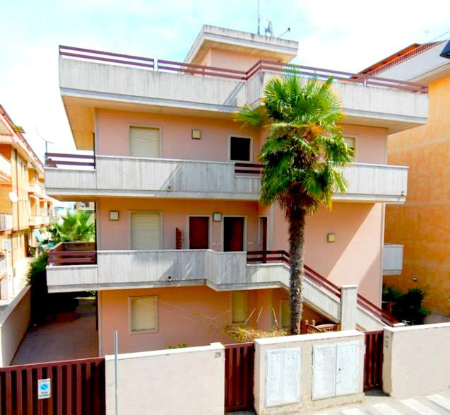 Bilocale San Benedetto del Tronto Via Laureati 1