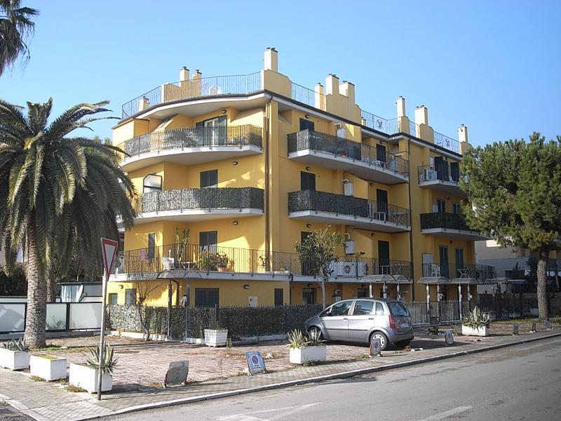 Bilocale San Benedetto del Tronto Via Ristori 1
