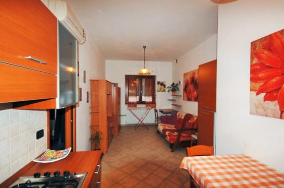 Bilocale San Benedetto del Tronto Via Toti 4