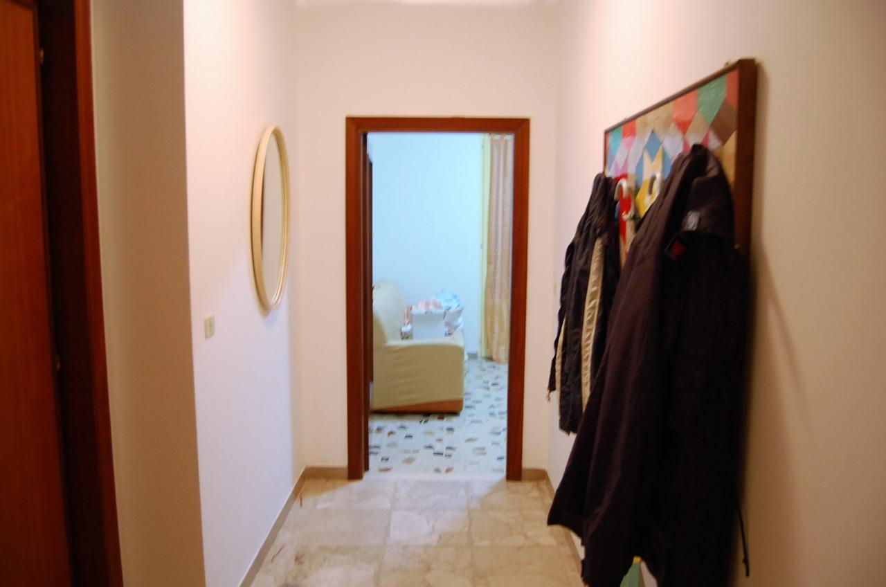 Bilocale San Benedetto del Tronto Via Umberto Giordano 3