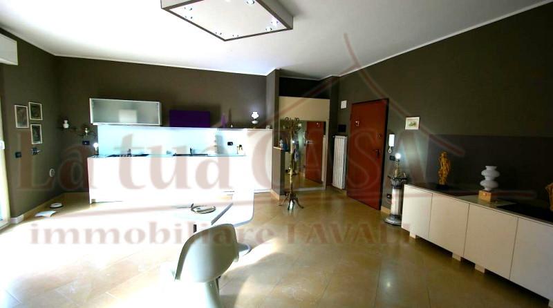 Appartamento in vendita a Loano, 2 locali, prezzo € 295.000 | CambioCasa.it