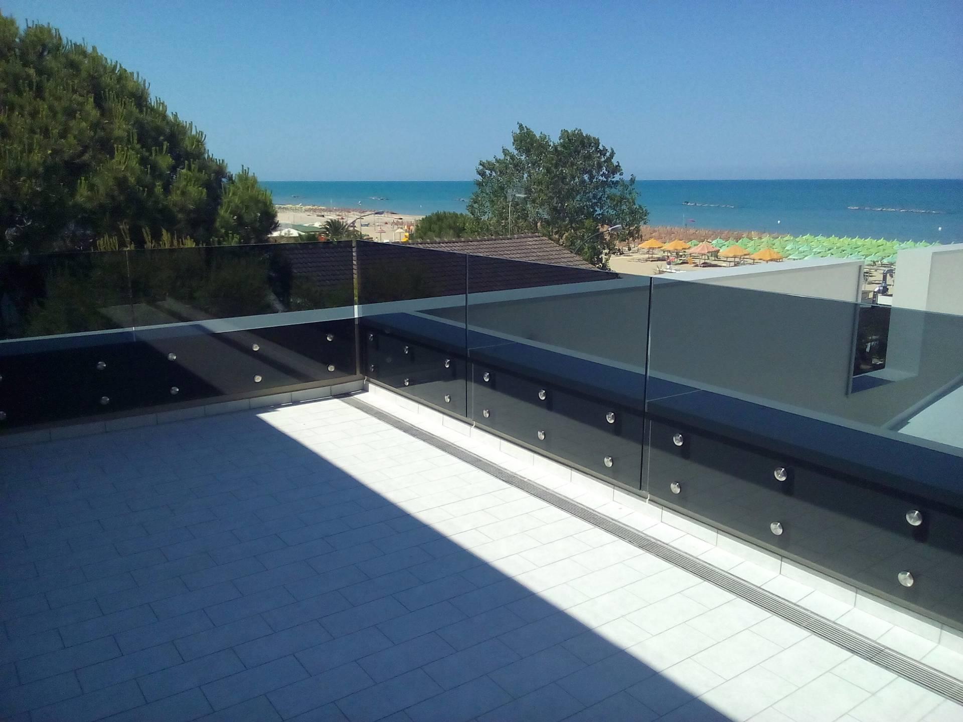 Appartamento in vendita a Roseto degli Abruzzi, 6 locali, Trattative riservate | CambioCasa.it
