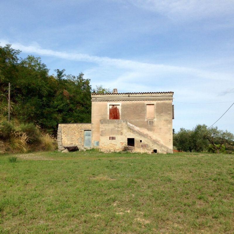 Rustico / Casale in vendita a Cupra Marittima, 5 locali, zona Località: Collinare, prezzo € 198.000 | Cambio Casa.it