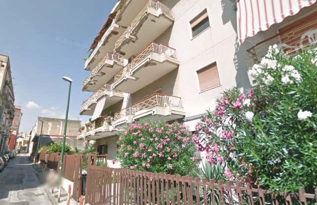 Appartamento in affitto a Torre Annunziata, 2 locali, zona Località: nord, prezzo € 500 | Cambio Casa.it