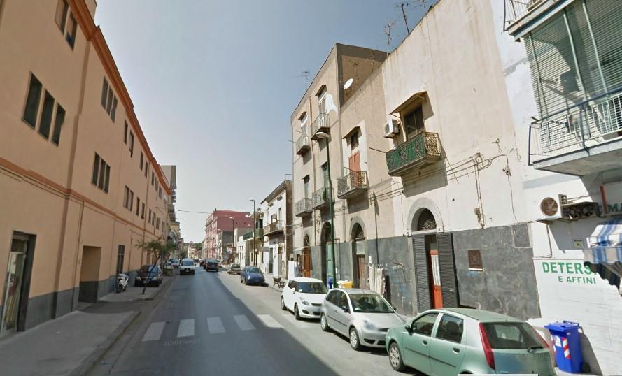 Appartamento in vendita a Torre Annunziata, 3 locali, zona Località: sud, prezzo € 90.000   CambioCasa.it