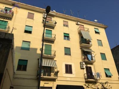 Appartamento in vendita a Torre Annunziata, 2 locali, zona Località: nord, prezzo € 70.000   Cambio Casa.it
