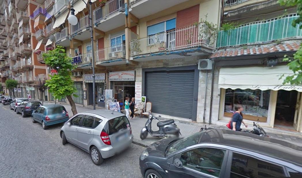 Negozio / Locale in Affitto a Torre Annunziata
