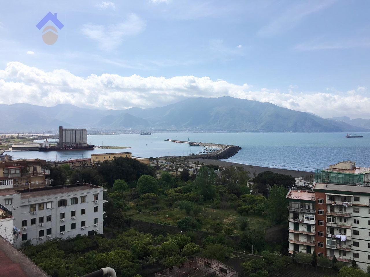 Appartamento in vendita a Torre Annunziata, 2 locali, zona Località: nord, prezzo € 140.000 | Cambio Casa.it