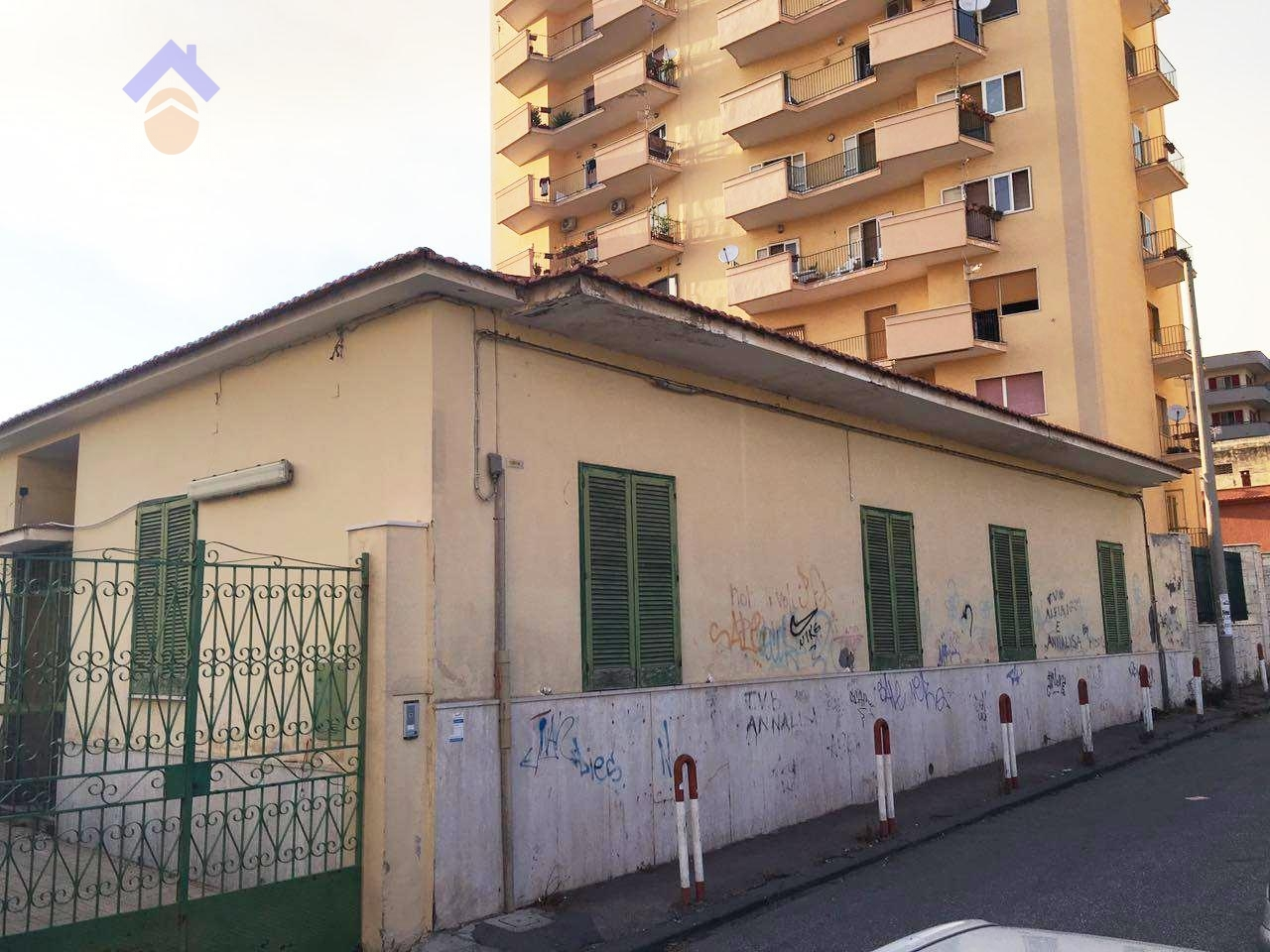 Villa in vendita a Torre Annunziata, 5 locali, zona Località: nord, prezzo € 360.000 | CambioCasa.it