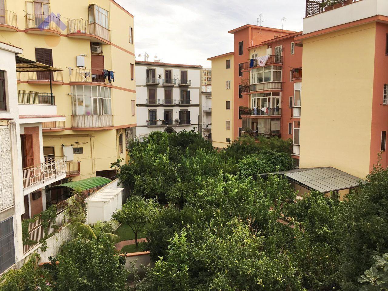 Appartamento in vendita a Torre Annunziata, 4 locali, zona Località: nord, prezzo € 255.000 | Cambio Casa.it
