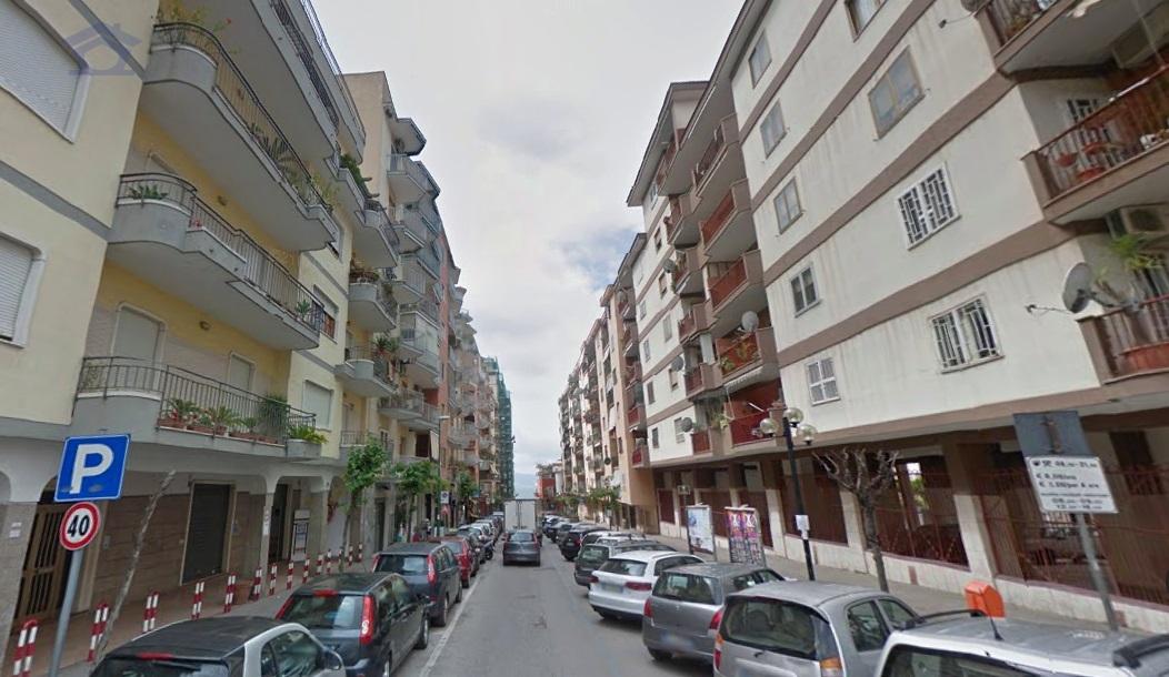 Box / Garage in vendita a Torre Annunziata, 1 locali, zona Località: nord, prezzo € 28.000 | Cambio Casa.it