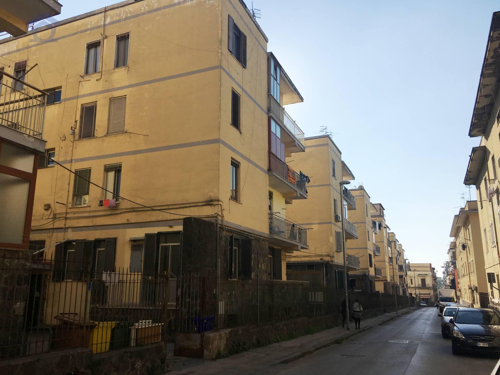 Appartamento in vendita a Torre Annunziata, 2 locali, zona Località: sud, prezzo € 60.000 | CambioCasa.it