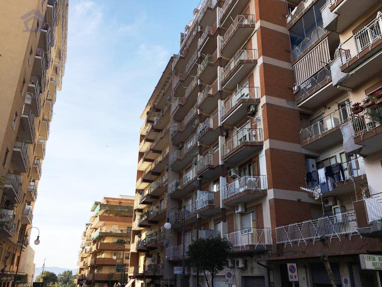 Appartamento in vendita a Torre Annunziata, 3 locali, zona Località: nord, prezzo € 199.000 | CambioCasa.it