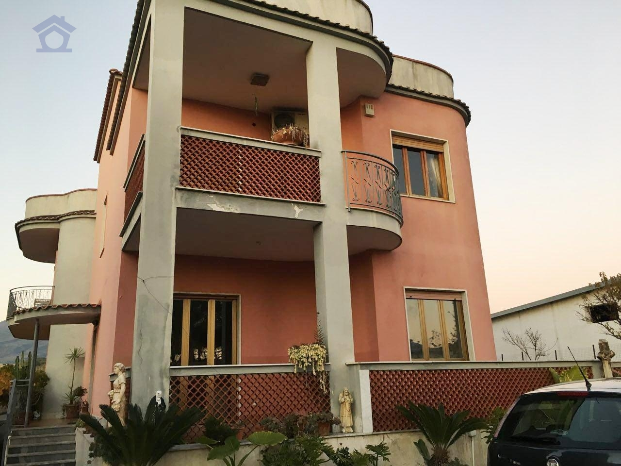 Appartamento in affitto a Torre del Greco, 4 locali, zona Zona: Leopardi, prezzo € 700 | CambioCasa.it