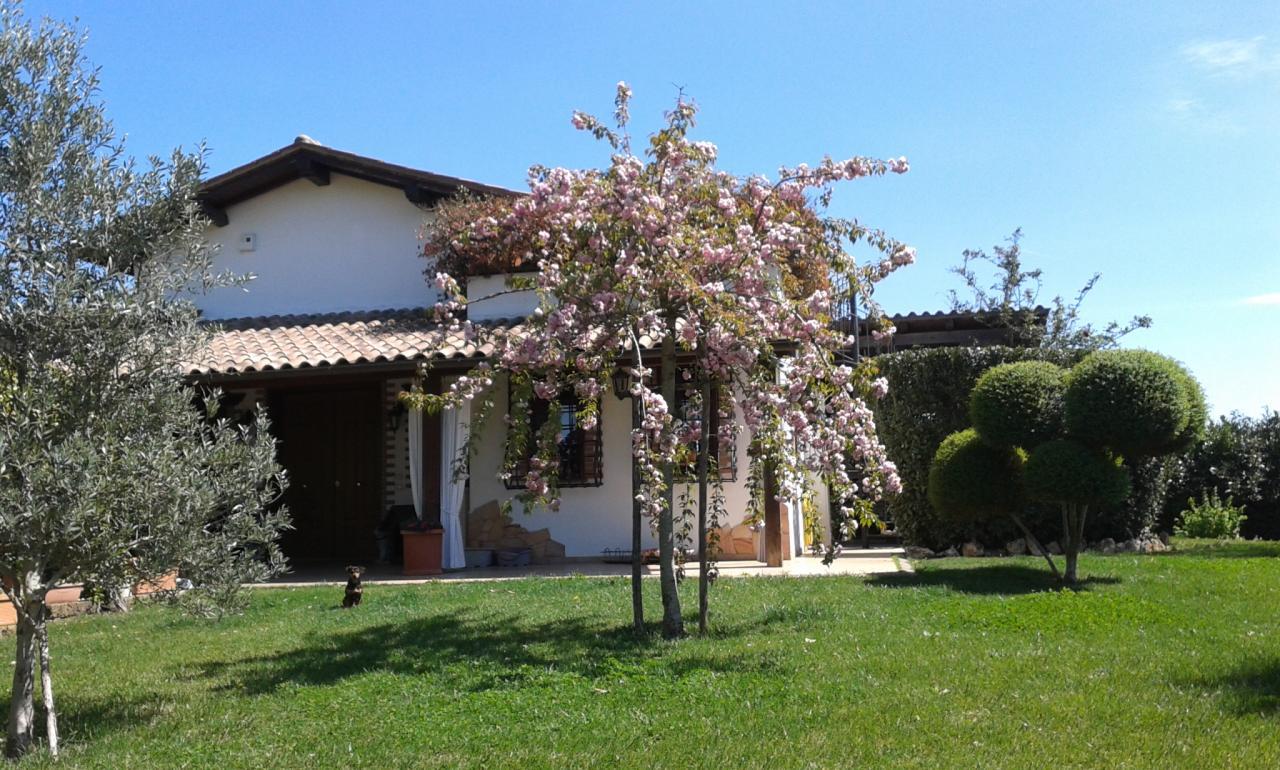 Villa in vendita a Nepi in Cassia Bis