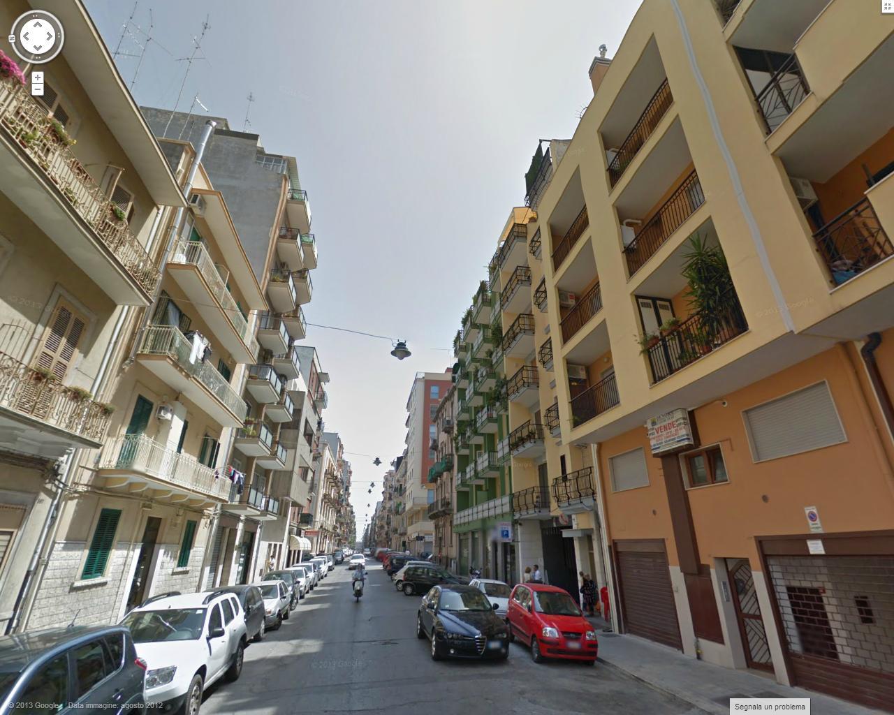 Bilocale Bari Via Calefati 1