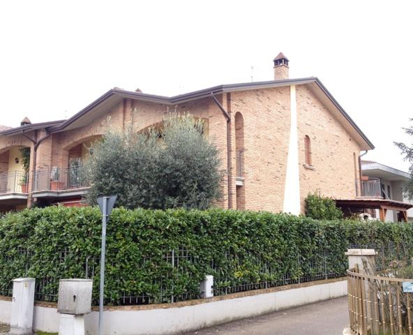 Villa a Schiera in vendita a Bastia Umbra, 6 locali, zona Zona: Ospedalicchio, prezzo € 235.000 | Cambio Casa.it