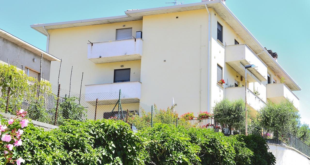 Appartamento in vendita a Nocera Umbra, 5 locali, prezzo € 120.000 | Cambio Casa.it