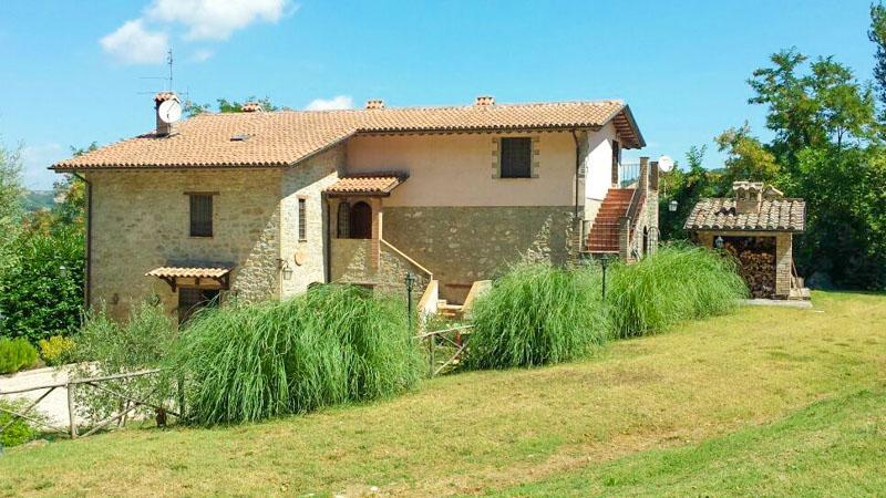 Rustico / Casale in vendita a Valfabbrica, 7 locali, prezzo € 750.000 | Cambio Casa.it