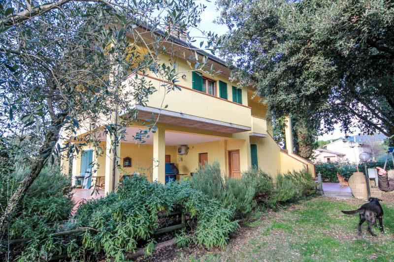 Soluzione Indipendente in vendita a Assisi, 7 locali, zona Zona: Palazzo, prezzo € 480.000   Cambio Casa.it