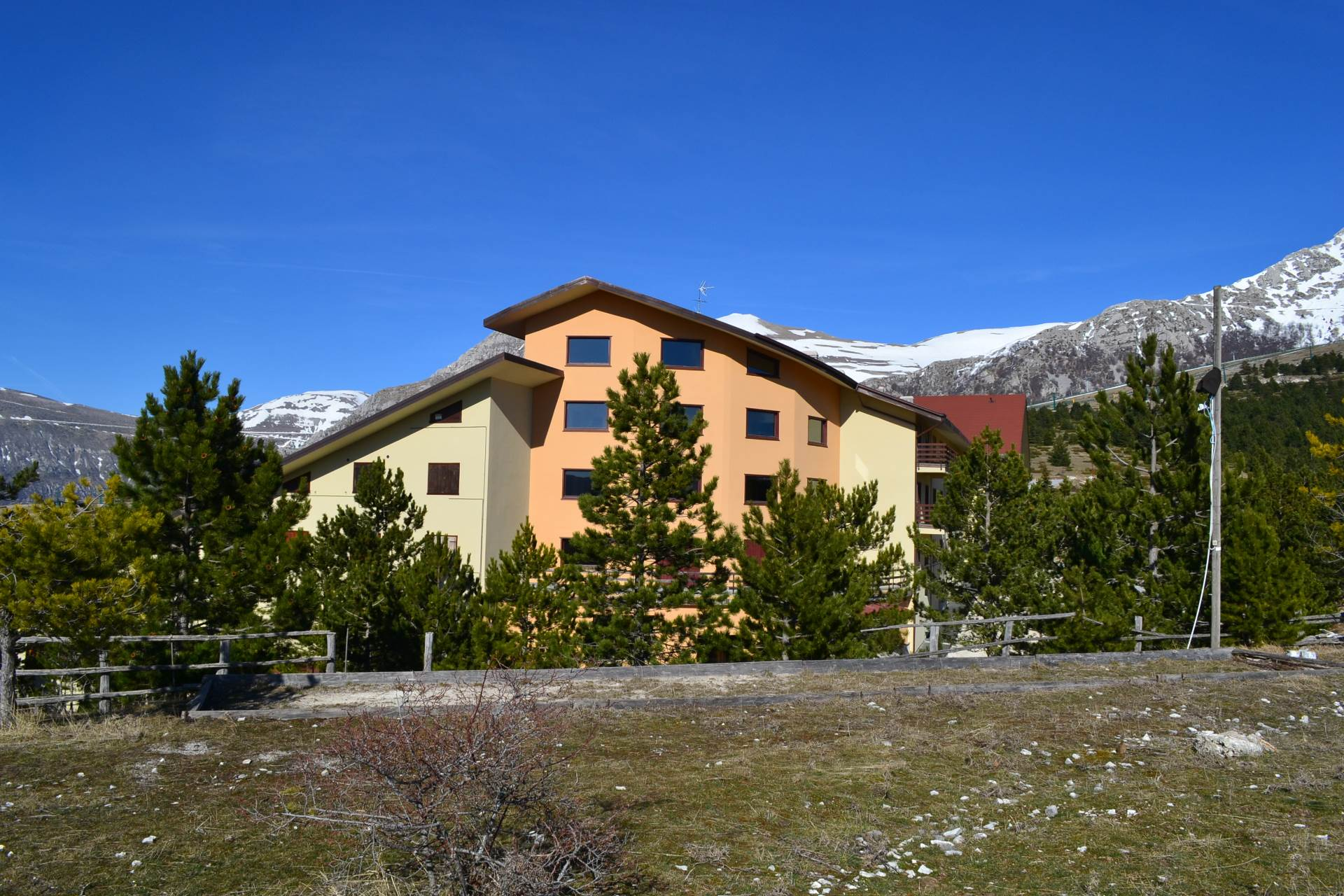 Appartamento in vendita a Ussita, 3 locali, zona Località: Frontignano, prezzo € 60.000 | Cambio Casa.it