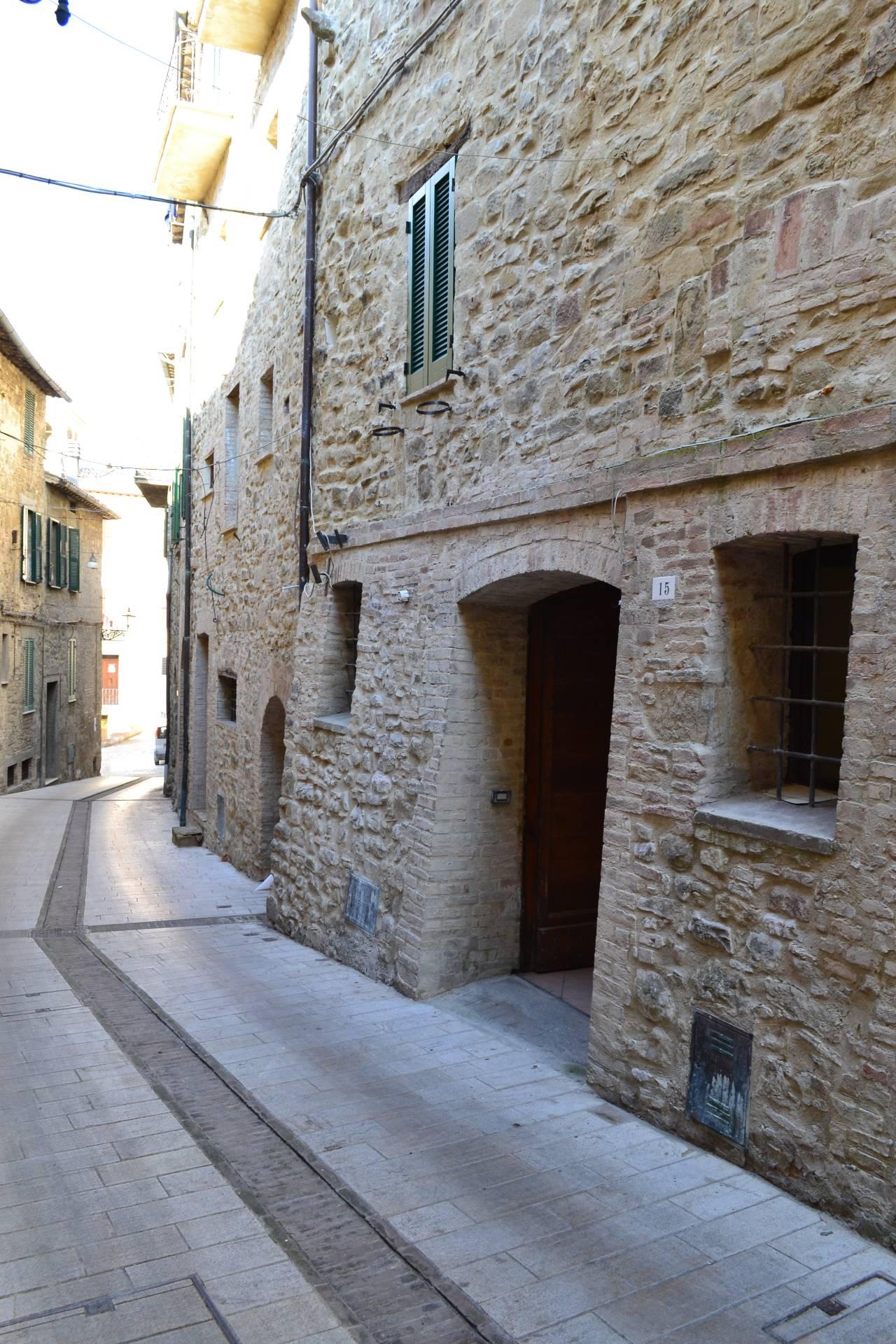 Appartamento in vendita a Gualdo Cattaneo, 2 locali, prezzo € 33.000 | Cambio Casa.it