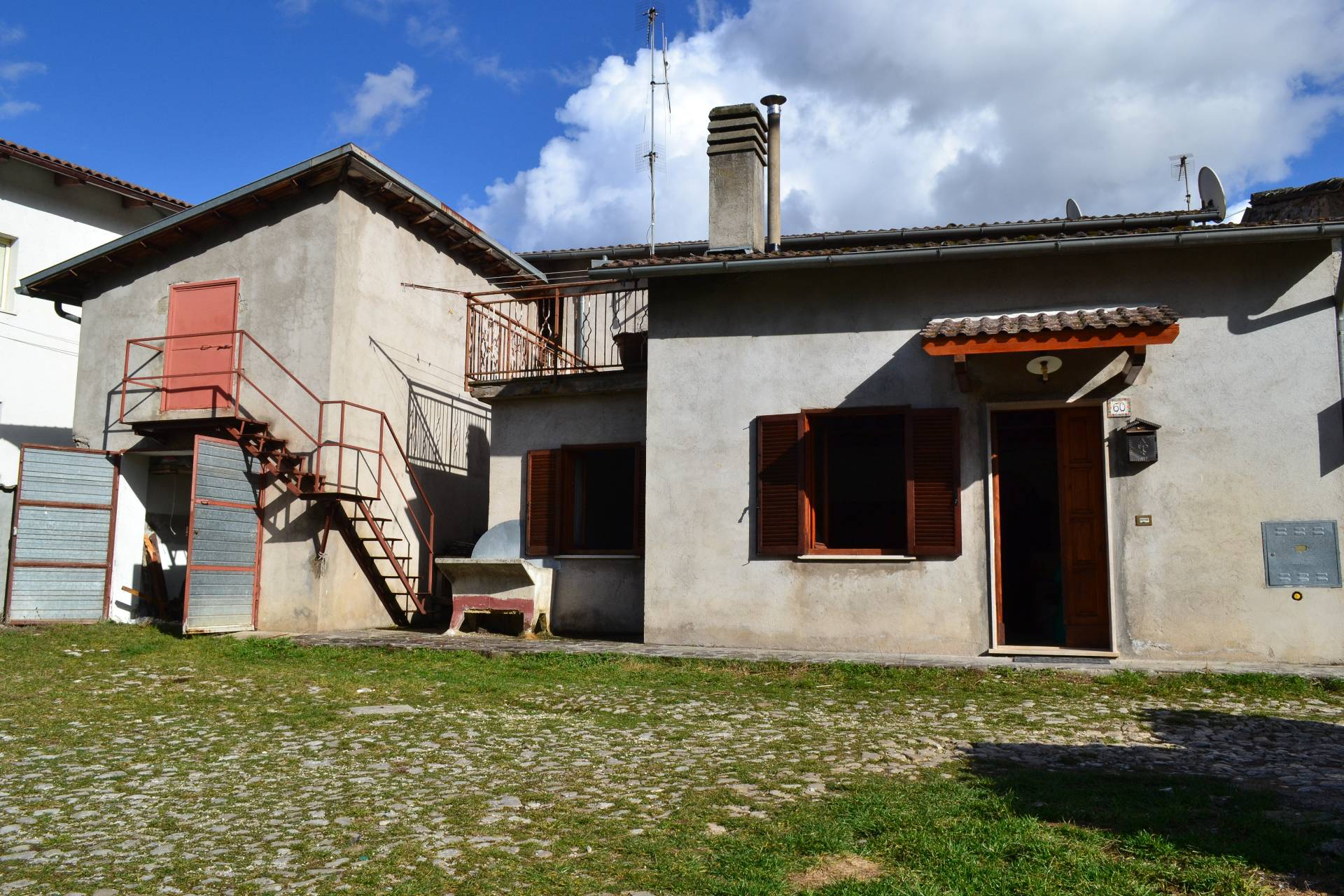 Altro in vendita a Cascia, 4 locali, zona Località: Maltignano, prezzo € 69.000 | Cambio Casa.it