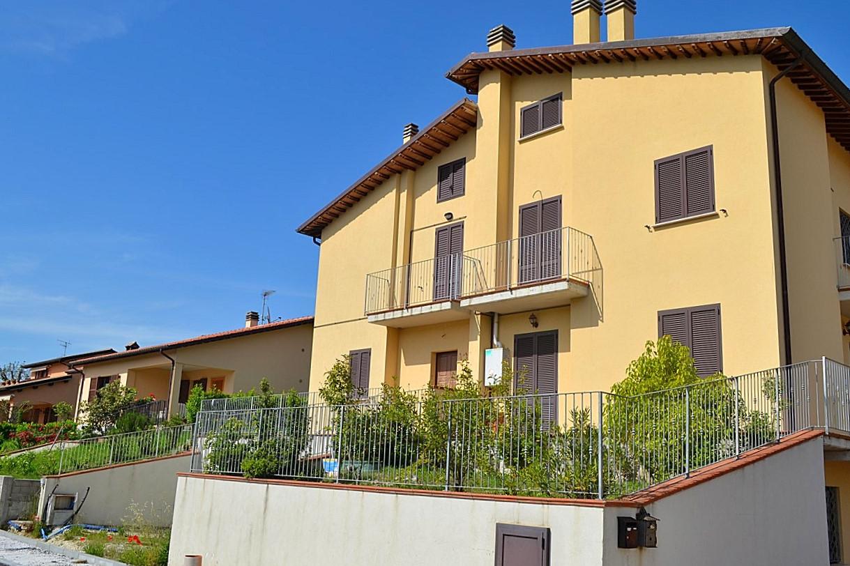Appartamento in vendita a Nocera Umbra, 3 locali, prezzo € 26.000 | Cambio Casa.it