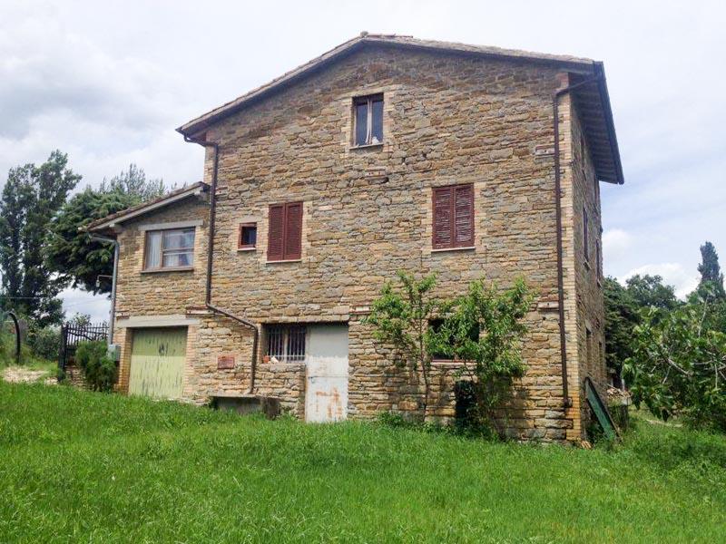 Soluzione Indipendente in vendita a Assisi, 4 locali, zona Zona: Porziano, prezzo € 140.000   Cambio Casa.it