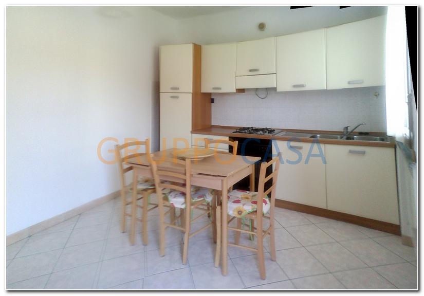 Appartamento in affitto a Altopascio, 3 locali, zona Località: BadiaPozzeveri, prezzo € 480 | Cambio Casa.it