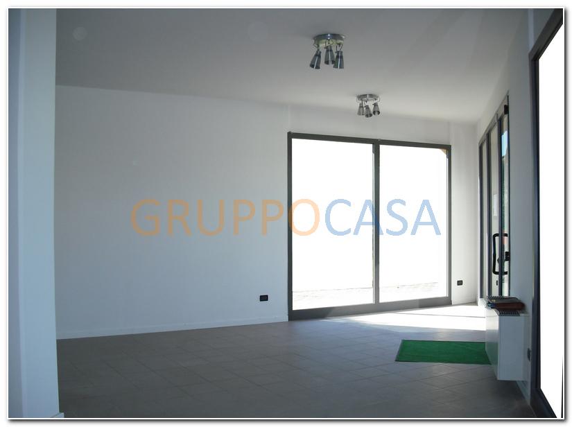 Negozio / Locale in affitto a Altopascio, 9999 locali, zona Zona: Marginone, prezzo € 800 | Cambio Casa.it