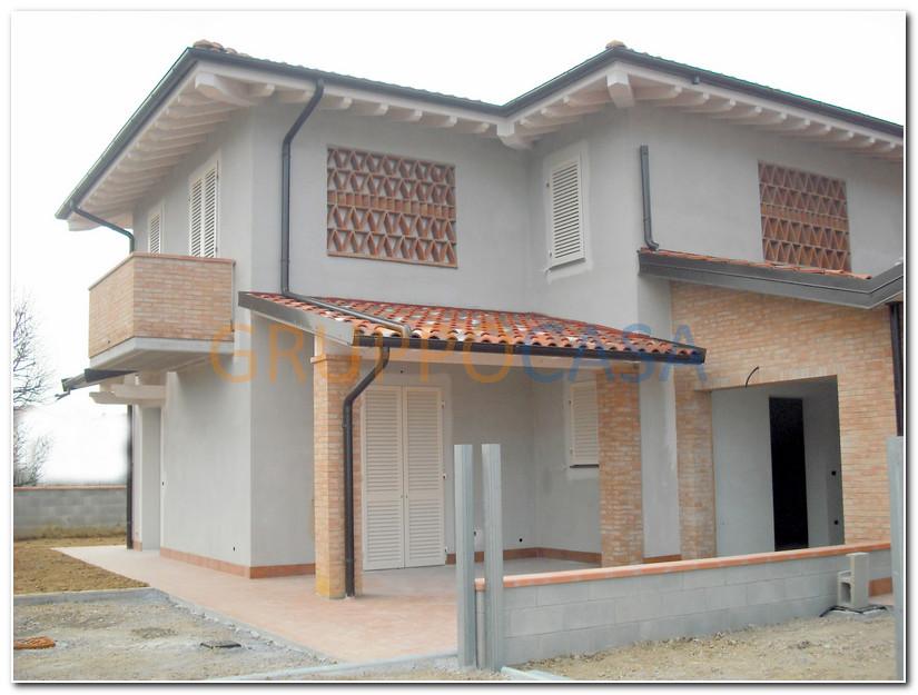 Villa in vendita a Castelfranco di Sotto, 5 locali, zona Zona: Orentano, prezzo € 320.000 | Cambio Casa.it