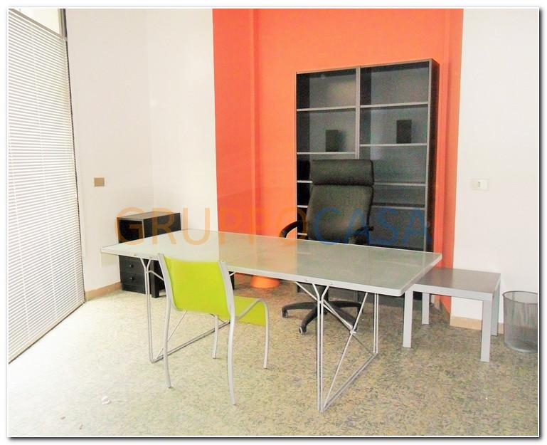 Ufficio / Studio in vendita a Pescia, 9999 locali, zona Località: Centro, prezzo € 65.000 | Cambio Casa.it