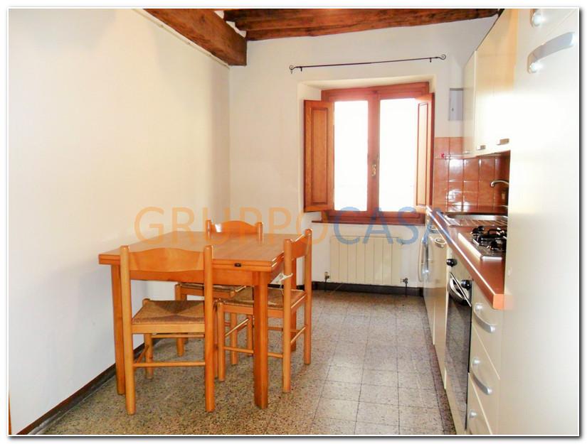 Soluzione Indipendente in vendita a Pescia, 3 locali, zona Zona: Collodi, prezzo € 79.000 | Cambio Casa.it