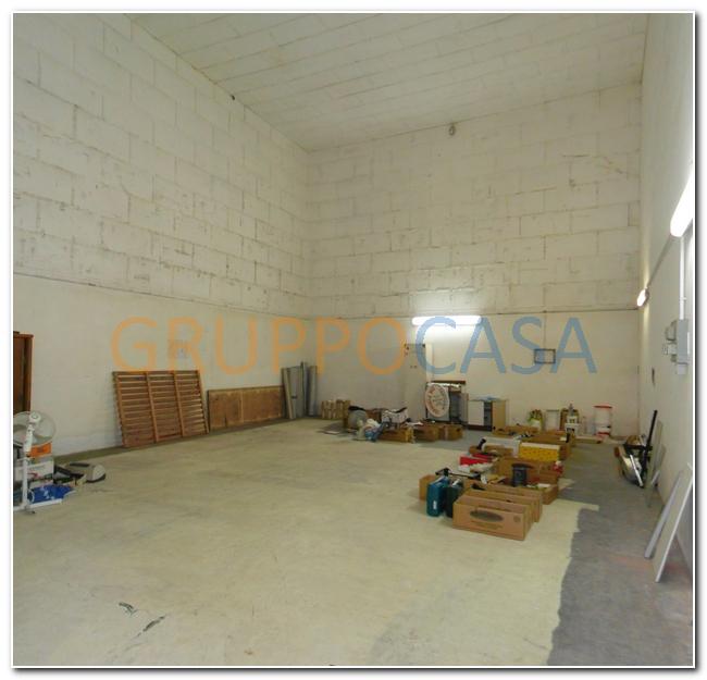 Capannone in vendita a Pescia, 9999 locali, zona Località: Centro, prezzo € 175.000 | Cambio Casa.it