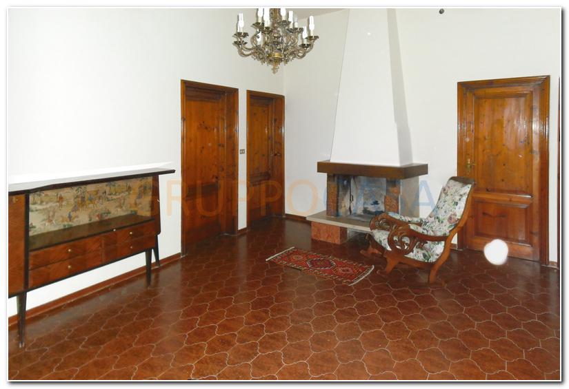 Soluzione Indipendente in vendita a Castelfranco di Sotto, 5 locali, zona Zona: Galleno, prezzo € 200.000 | Cambio Casa.it