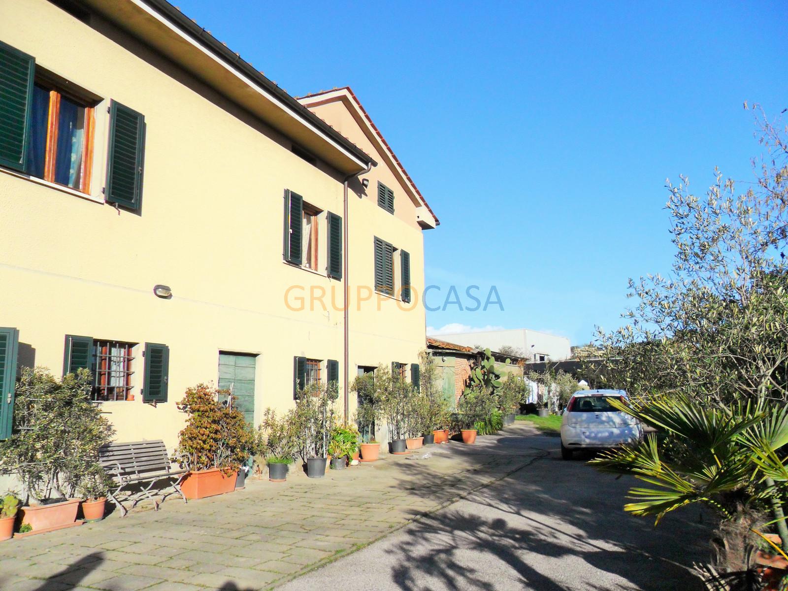 Soluzione Indipendente in vendita a Uzzano, 6 locali, zona Località: S.Allucio, prezzo € 420.000 | Cambio Casa.it