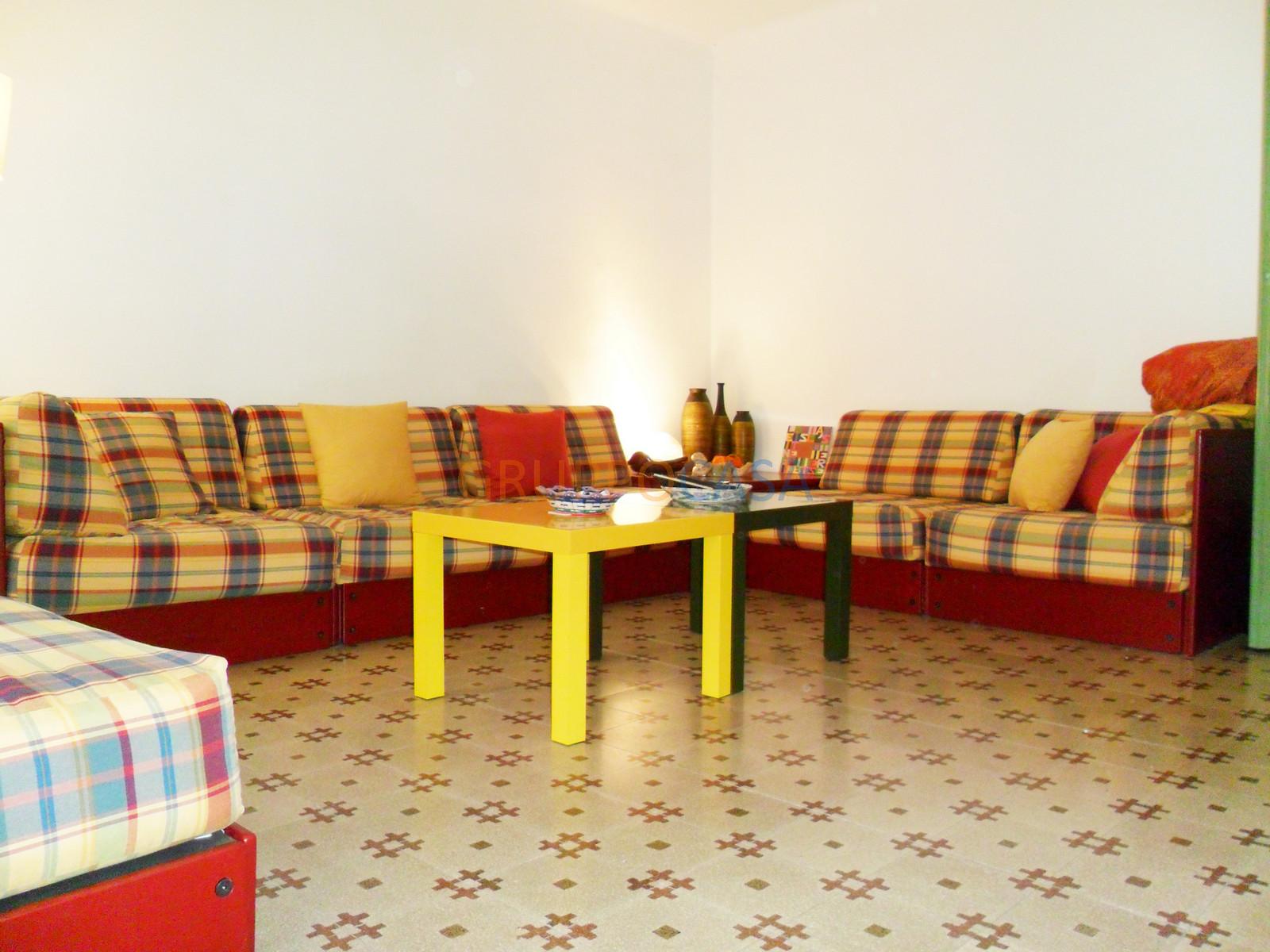 Palazzo / Stabile in vendita a Pescia, 6 locali, zona Località: Centro, prezzo € 265.000 | Cambio Casa.it