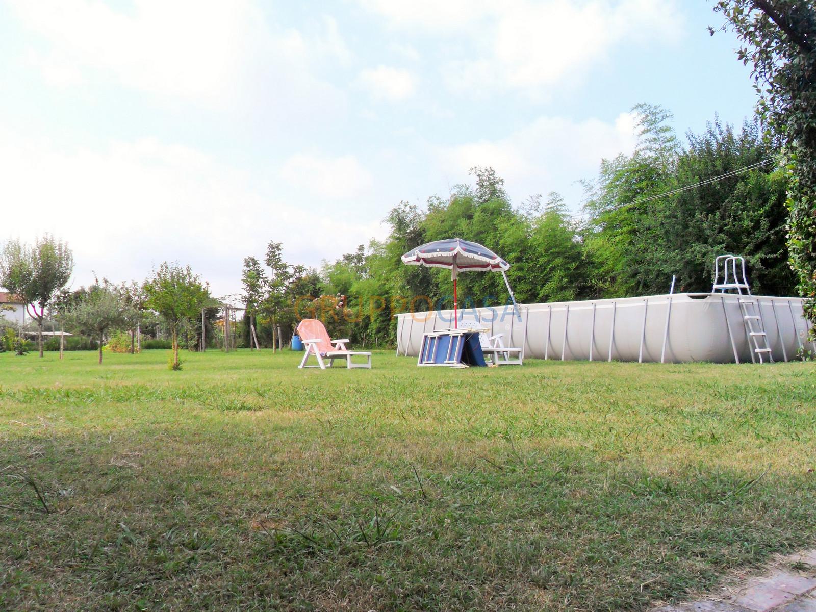 Rustico / Casale in vendita a Uzzano, 6 locali, zona Zona: Torricchio, prezzo € 218.000 | Cambio Casa.it