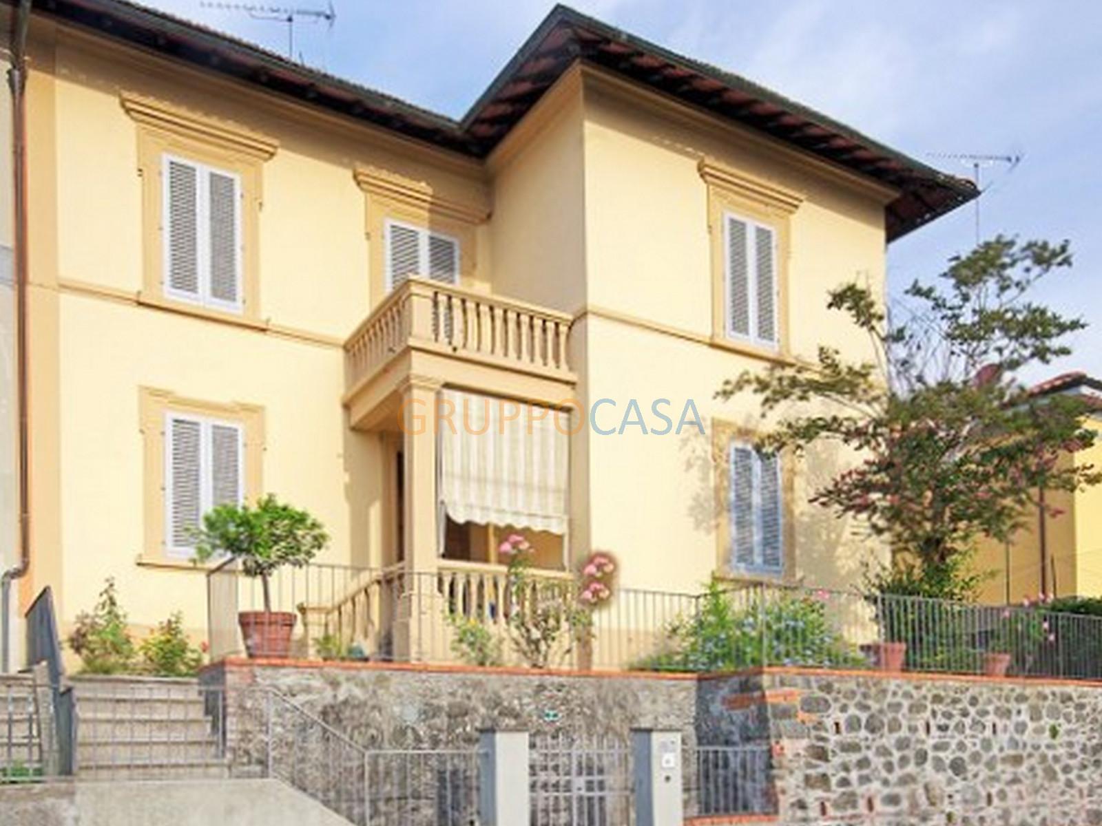 Soluzione Indipendente in vendita a Pescia, 6 locali, zona Località: Centro, prezzo € 259.000   Cambio Casa.it