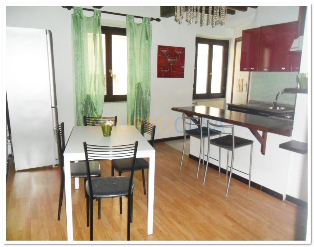 Appartamento in affitto a Pescia, 3 locali, zona Località: Centro, prezzo € 400   Cambio Casa.it