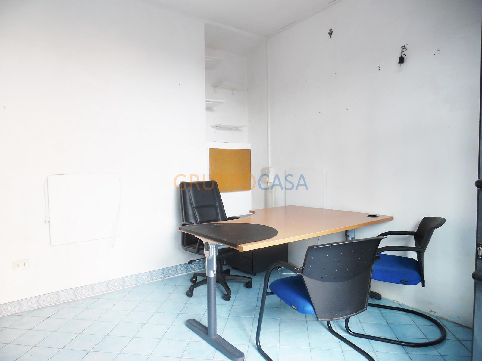 Ufficio / Studio in affitto a Altopascio, 9999 locali, zona Località: Centro, prezzo € 150 | Cambio Casa.it