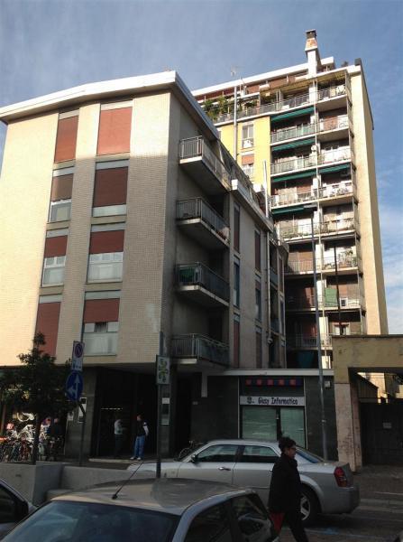 Bilocale Cinisello Balsamo Via Garibaldi 4