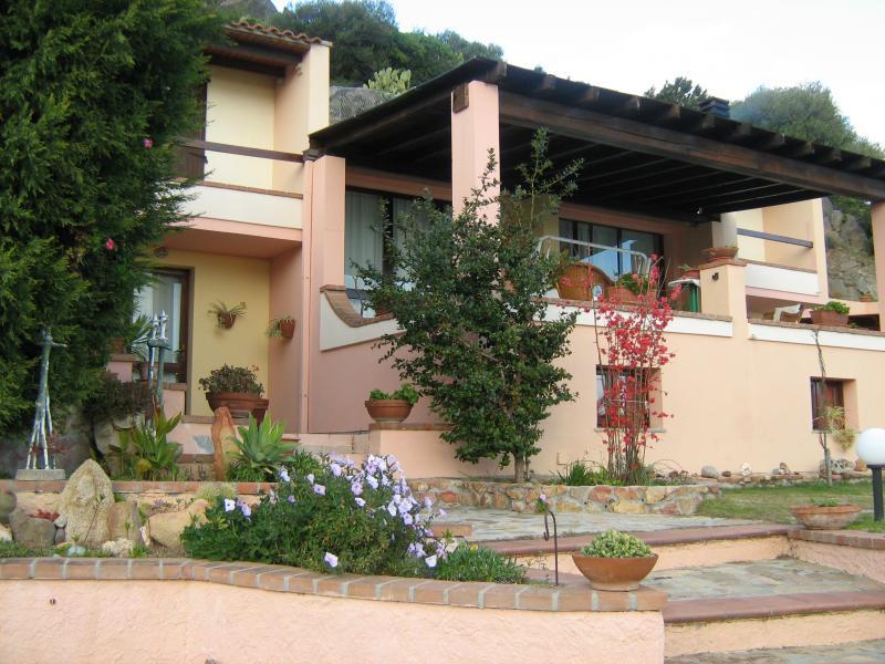 Villa in vendita a Villasimius, 4 locali, Trattative riservate | Cambio Casa.it