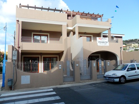 Appartamento in vendita a Villasimius, 3 locali, zona Località: Centro, prezzo € 199.000 | Cambio Casa.it