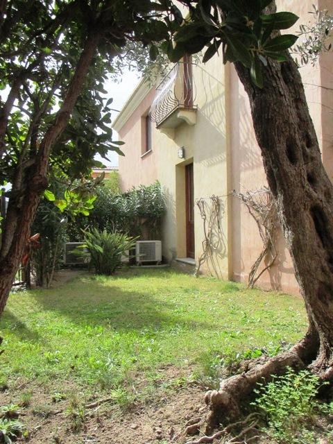 Appartamento in vendita a Villasimius, 3 locali, zona Località: Centro, prezzo € 190.000 | Cambio Casa.it